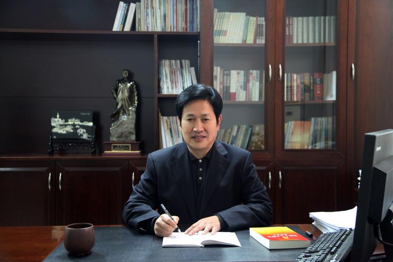 努力做大做强淮海健康养老职业教育集团——我校党委书记、校长杜吉林在《徐州日报》显要位置发表署名文章,引起社会广泛关注