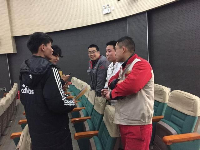 汽车学院召开实习双选会