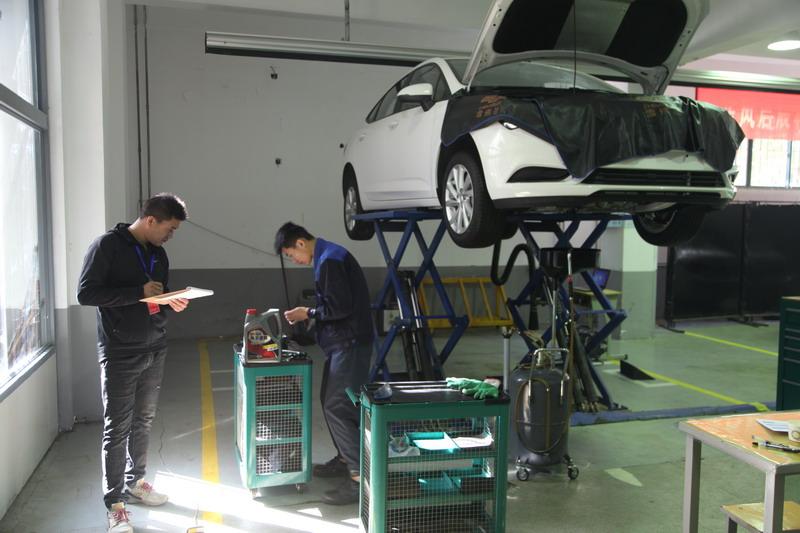 2018年徐州市职业学校技能大赛汽车类大赛在我校成功举办