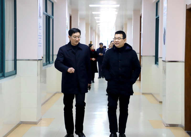 徐州工程学院陈奎庆校长一行来校指导交流工作